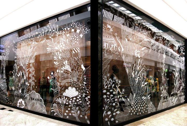 Window decoration aitch for Store window decorations